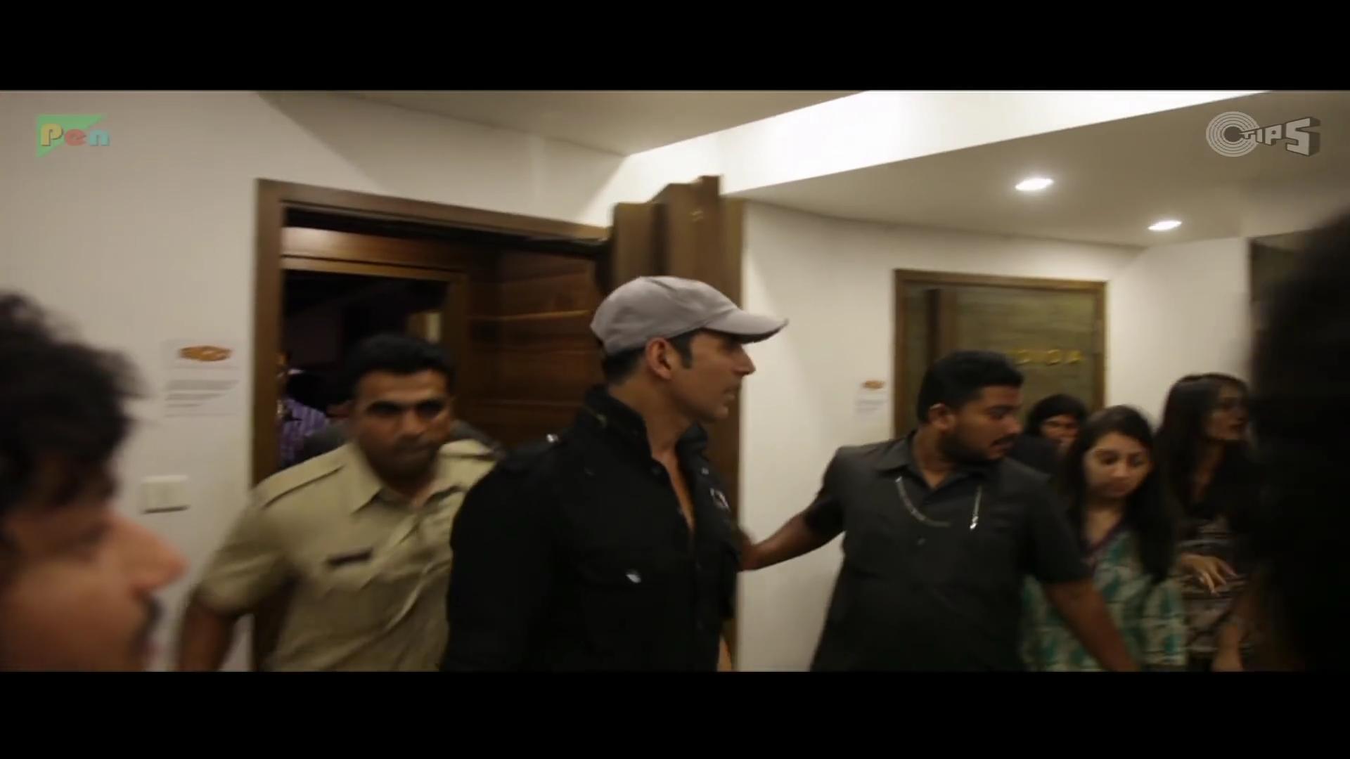 z_2014 - Akshay Kumar Sings  Maange Maange - Entertainment_1080p.mp46685.jpg