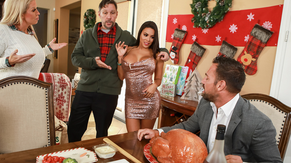 Luna Star - Horny For The Holidays: Part 3 (2019) SiteRip |