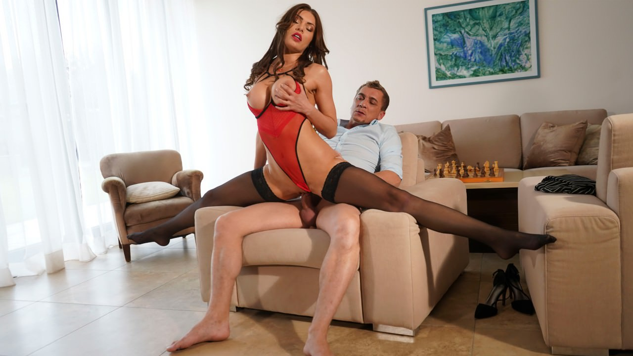 Kitana Lure - Anal for MILF in erotic lingerie (2019) SiteRip |