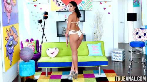 Chloe Amour - Wild Anal With Chloe (2020) SiteRip |