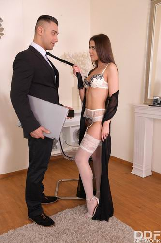 Sybil - Sexy Teen In Seduction Mode (2020) SiteRip  