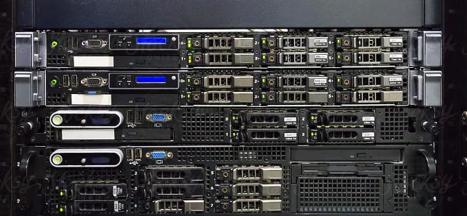 Популярные стоечные серверы HP ProLiant