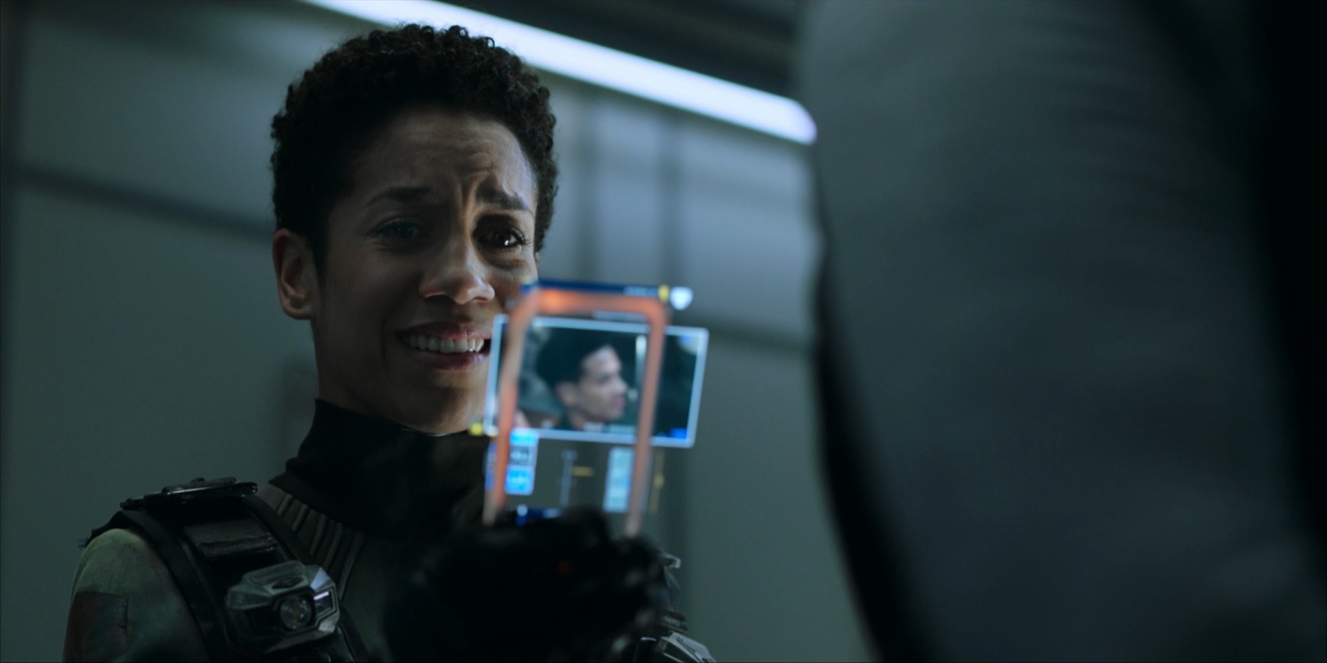 1080p_UHD The.Expanse.S05E01_ideafilm_Spin City33.mp4_snapshot_13.04.700.png