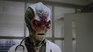 Засланец из космоса / Пришелец-постоялец / Resident Alien [Сезон: 1] (2021) WEB-DL 1080p | Кубик в Кубе