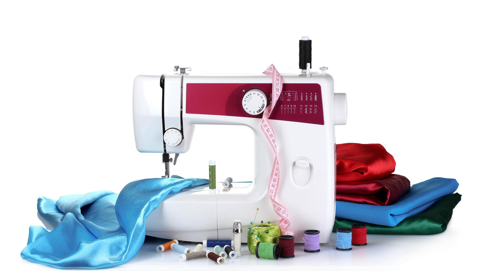 Как правильно выбрать швейную машинку для бытового использования