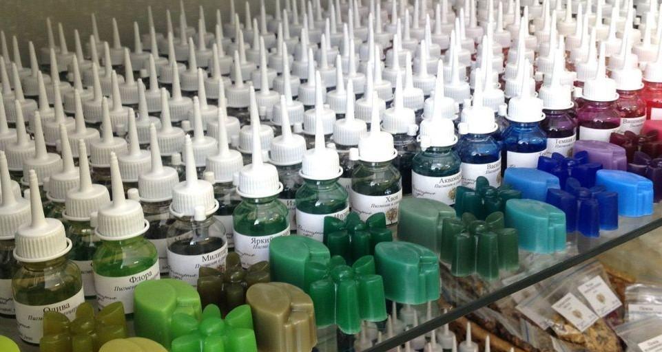 Немигрирующие красители для мыла