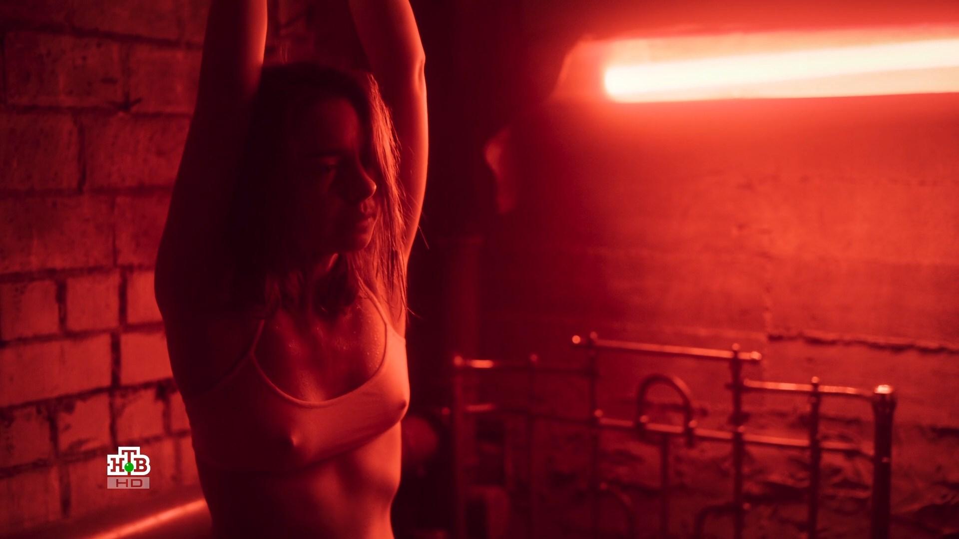 Вера Панфилова. Случайный кадр (3 серия)(2019).ts_snapshot_01.41.968.jpg