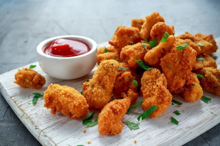 Куриные наггетсы: вкусная закуска и готовое блюдо для детей и взрослых