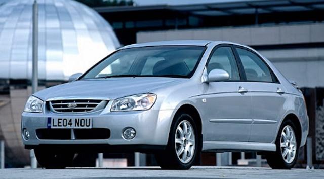 топ 10 авто за 300 000рублей - Kia Cerato I
