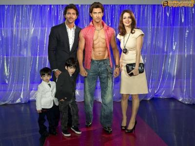 ритик рошан и его жена и дети фото